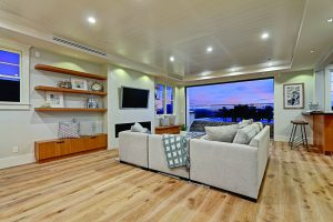 RE/MAX Collection Luxury Listings